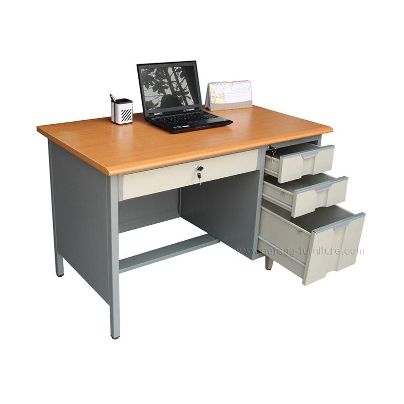 โต๊ะคอม